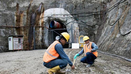 Exportación minera de Ecuador llegó a 410 millones de dólares de enero a agosto
