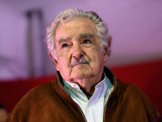 Mujica: 'Triunfar en la vida no es ganar, es levantarse y volver a empezar'