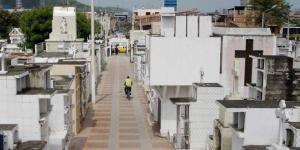 Los cementerios de Portoviejo abrirán con regulaciones, no se permitirán el ingreso de ancianos, embarazadas, ni de niños