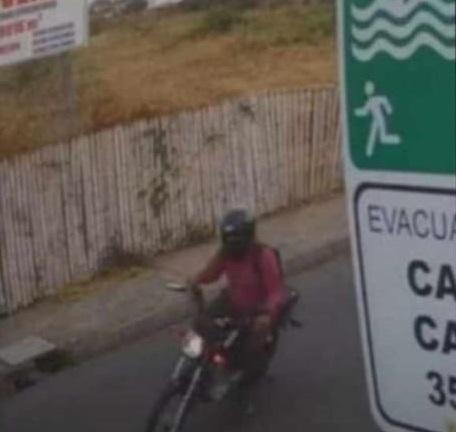 PORTOVIEJO: Graban intento de robo a un ciclista en la avenida Reales Tamarindos