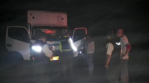 Hombre fue asaltado en la vía a Quito por ocho individuos