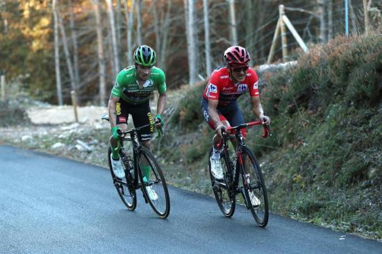 Roglic gana la etapa 10 de la Vuelta a España y es el nuevo líder, Carapaz es segundo