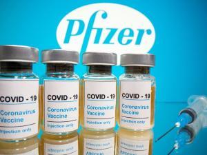 Pfizer anuncia que su vacuna previene el 90 % de infecciones de coronavirus