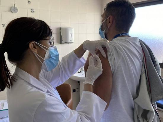 CORONAVIRUS: La vacuna de Johnson & Johnson costará menos de 10 dólares y saldrá en el 2021