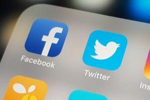 Expertos critican la ley para limitar acceso a Facebook y Twitter en Rusia