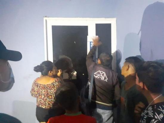 Quienes excedan el aforo en reuniones sociales en Portoviejo pagarían  mil de multa