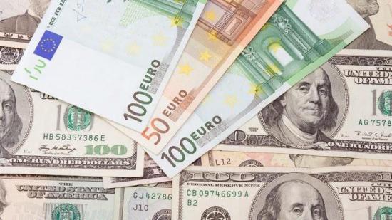 El euro sube y roza los 1,19 dólares tras tensiones entre el Tesoro y la Fed