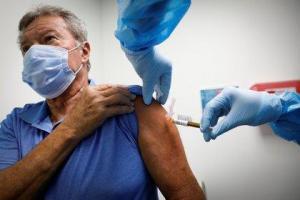 EE.UU. espera comenzar a vacunar a la población contra el covid-19 el 12 de diciembre