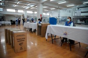 Multa de hasta $8 mil por abandonar una Junta Receptora del Voto