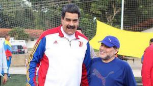 Maduro lamenta el fallecimiento de su 'hermano' Diego Maradona