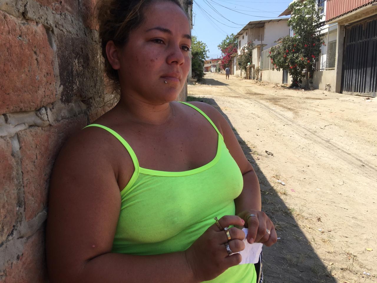 Madre acusada de un asesinato vendió a dos hijos recién nacidos, revela un familiar