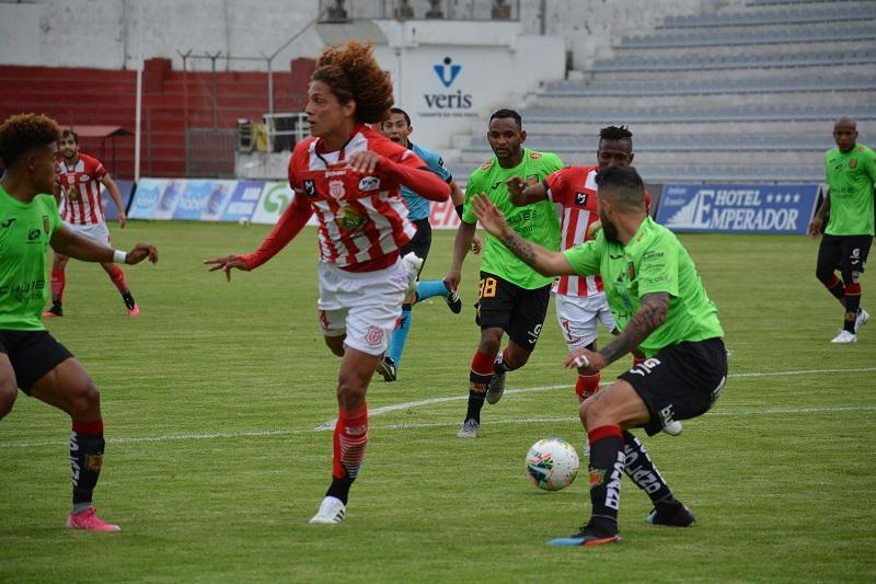 Técnico Universitario y Deportivo Cuenca empatan 1-1
