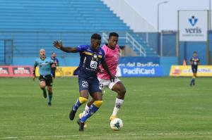 Delfín vence 1-0 a Independiente del Valle