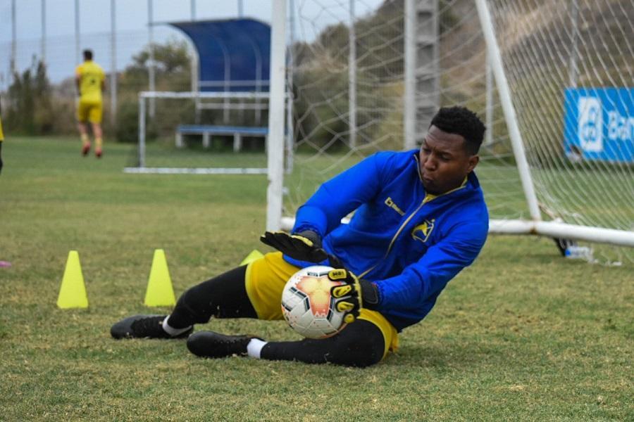 Delfín confía en la experiencia del golero Máximo Banguera para su encuentro ante el Palmeiras
