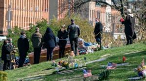 EE.UU. registra más de 3.000 muertes en un día por covid, equivalente a un 11S