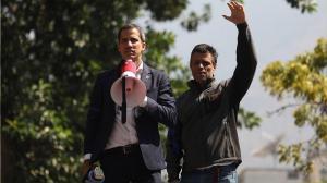 Guaidó y López denuncian 'el fraude electoral' del domingo en Venezuela
