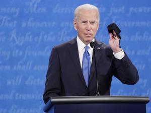 Biden clama por nuevo rescate: Los estadounidenses necesitan 'ayuda ahora'