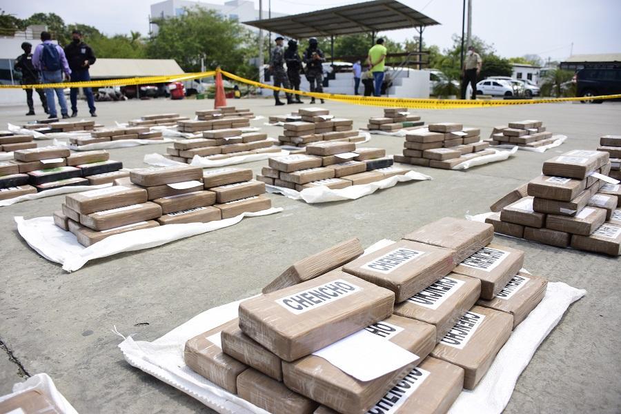 Policías encontraron más de una tonelada de droga en San Vicente