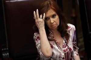 Cristina Kirchner apoya candidato ecuatoriano Arauz y ataca a Lenín Moreno
