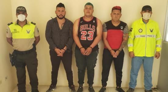 FLAVIO ALFARO: Detienen a tres sospechosos de robar una moto