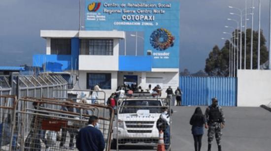 Tres sentenciados por violación se fugan de la Cárcel de Cotopaxi