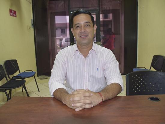 Alcalde de Chone será homenajeado por la Confederación de Periodistas del Ecuador