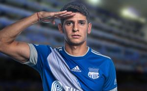 Facundo Barceló renueva contrato con el Club Sport Emelec