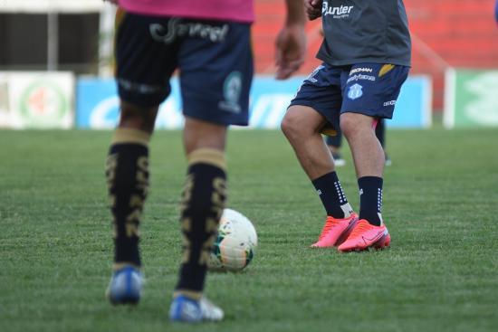 Vuelve el fútbol en Ecuador con el protocolo de bioseguridad que salvó el 2020