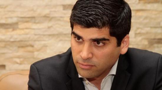 Vacunas Covid-19: El exvicepresidente Otto Sonnenholzner desmiente al candidato Andrés Arauz