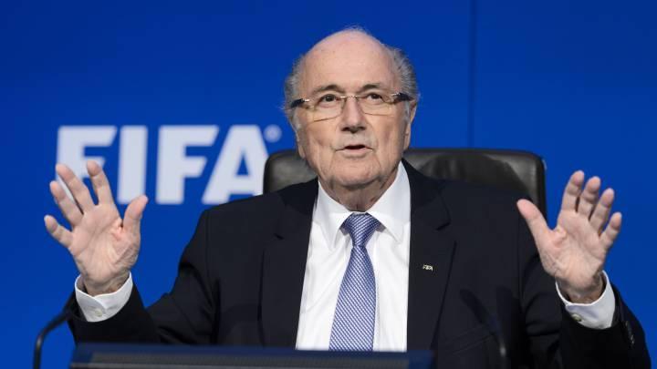 El expresidente de la FIFA Joseph Blatter abandona la UCI tras una semana en coma por una operación de corazón
