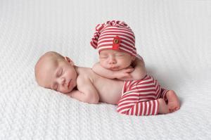 Una madre dio a luz mellizos de diferentes padres