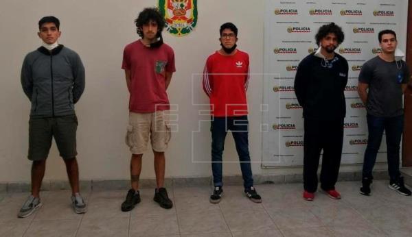 Justicia peruana ratifica cárcel preventiva para acusados de violación grupal