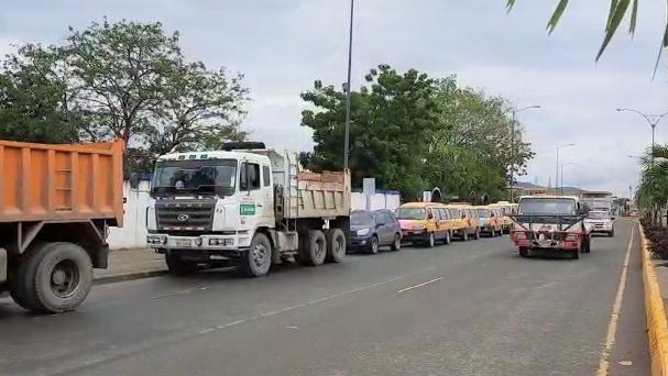 MANABÍ: Varios transportistas se unen para apoyar el trabajo de la CTE