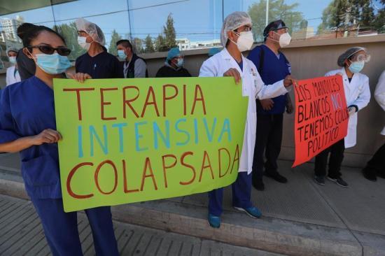 Médicos bolivianos exigen volver a la cuarentena ante las muertes por la covid-19