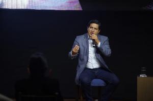 Andrés Arauz: ''No hay ninguna duda, estamos en el primer lugar, hemos recibido una votación abrumadora''