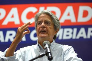 Guillermo Lasso afirma que se mantendrá en calma esperando el escrutinio total