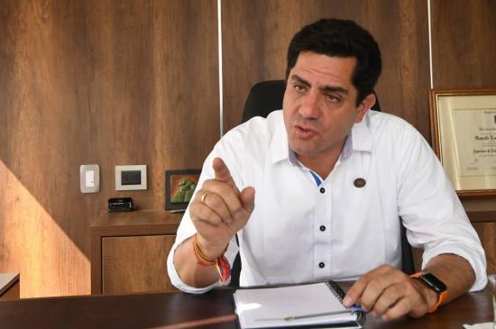 Xavier Hervas desmiente acercamiento con Andrés Arauz