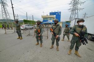 Pugna de poder tras muerte de ''Rasquiña'' habría desencadenado enfrentamientos en cárceles
