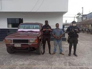 Es detenido por querer vender un carro reportado como robado