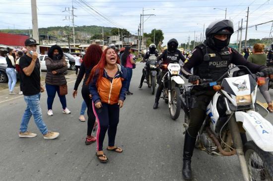 Ecuador tuvo 40 alertas previas a los sangrientos motines en las cárceles, afirma exministro Serrano