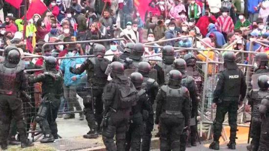 Indígenas continúan la lucha tras el rechazo al recuento de votos en Ecuador