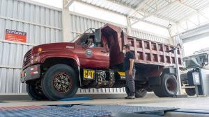 El lunes empieza la matriculación para vehículos cuyas placas terminen en dígito 2