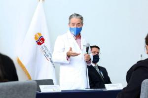 Piden prohibir la salida del país al exministro de Salud, Juan Carlos Zevallos