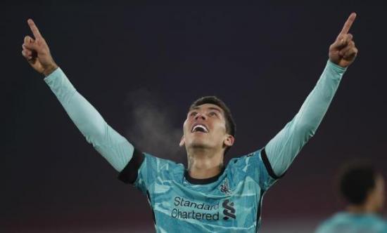 El Liverpool vuelve a ganar con Adrián San Miguel de titular