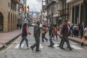 Ecuador bordea los 293.000 positivos y supera 16.000 decesos por Covid-19