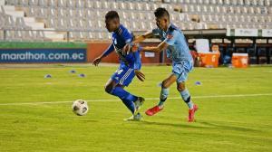 Emelec y Macará juegan a las 17h15 por la Copa Sudamericana